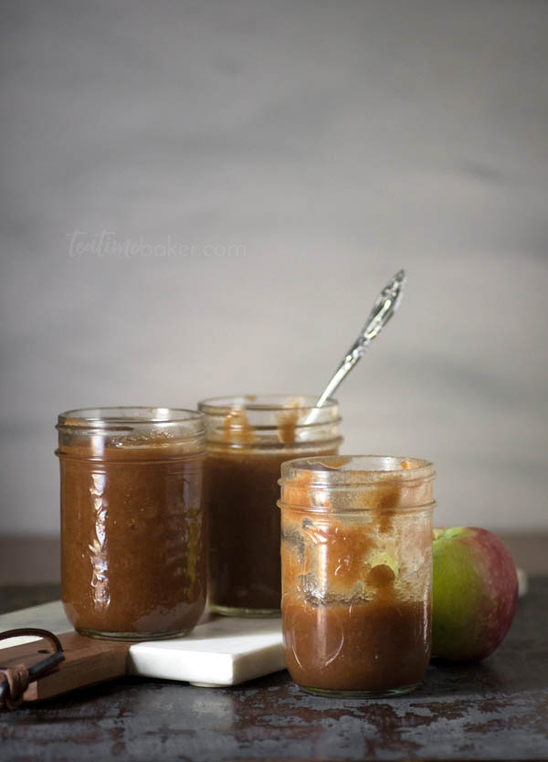 Savor the season with easy Crock-pot Apple Butter. Packed with fall flavors it's perfect for breakfast, snack or gifting! | The Teatime Baker | Apple Butter Recipe | Autumn Breakfast | Homemade #crockpotapplebutter