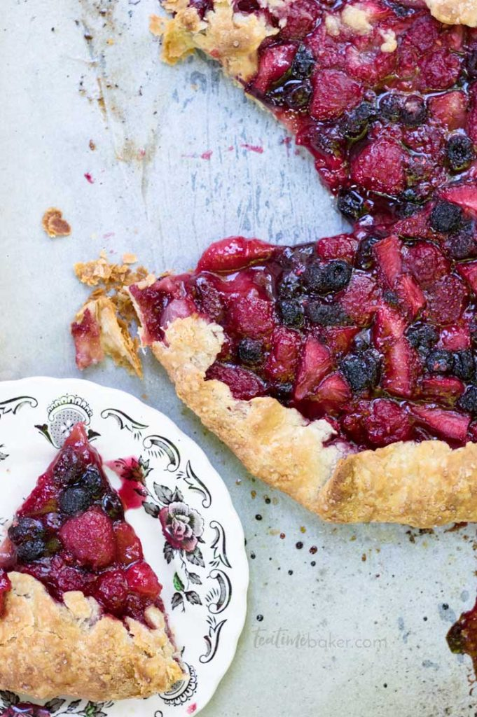 Wow your friends with a beautiful free form Triple Berry Galette | Summer Berry Recipes | Dessert Recipe