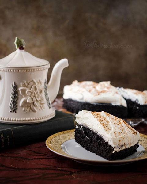 Easy Dark Chocolate Cake